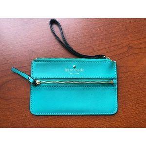 Kate Spade Wristlet Wallet Zippered LIKE NEW